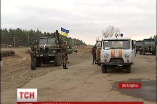 На Луганщине от обстрелов боевиков в минувшие сутки гибли военные и гражданские