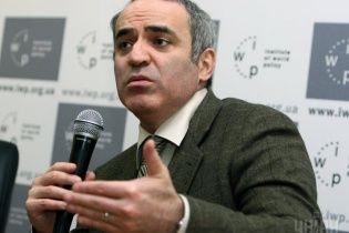 Каспаров пророкує Росії повний крах і розпад