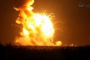 В США во время запуска взорвалась ракета-носитель Antares