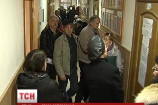 Відсьогодні Київ призупиняє виплачувати пенсії в зоні АТО на Донбасі