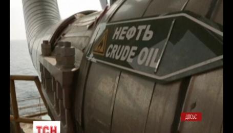 Цены на нефть держатся ниже 79 долларов за баррель