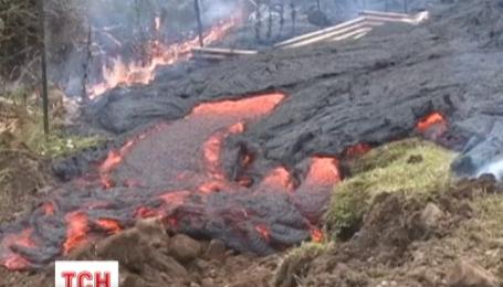 На Гавайях лава вулкана Килауэа добралась до жилой территории района Пуна