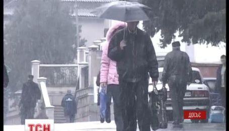 Керченская переправа снова закрывается через шторм