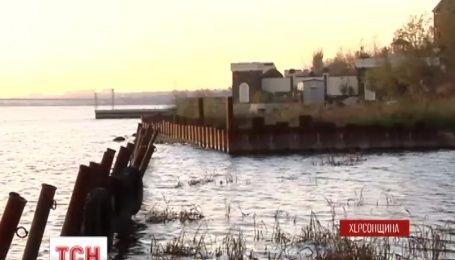 На Херсонщине возобновилось скандальное строительство на берегу Днепра