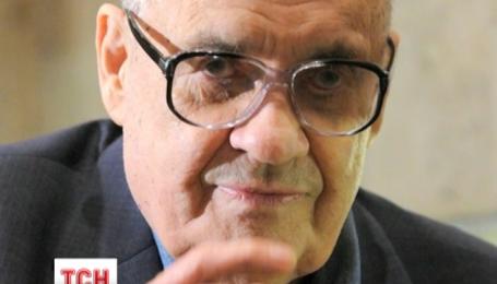 Знаменитый кинорежиссер Эльдар Рязанов попал в больницу с подозрением на инсульт