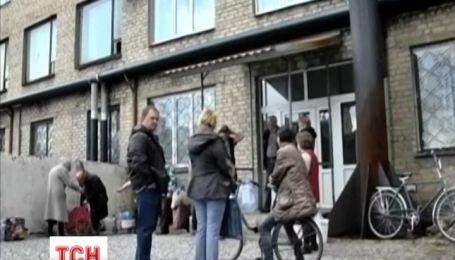Донецкий национальный университет выезжает из Донецка