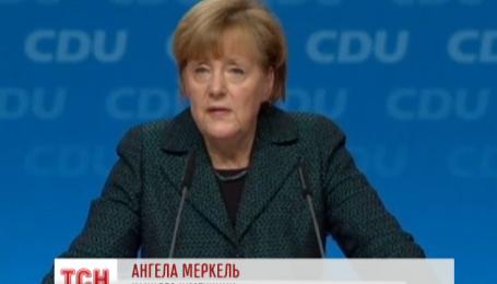 Меркель верит, что политическое решение конфликта в Украине будет найдено