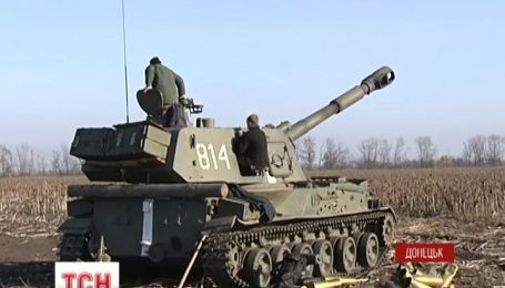 Донецький аеропорт бойовики не припиняють обстрілювати з мінометів