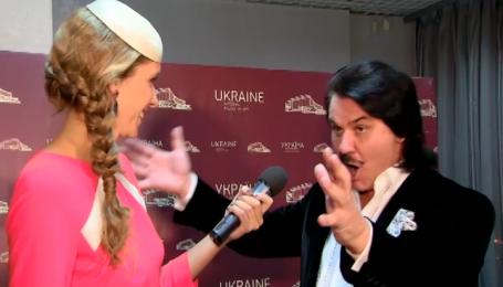 Павло Зібров уже десять років носить перуку Кіркорова