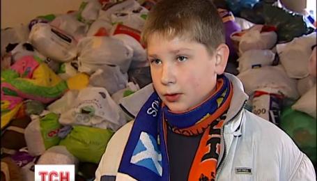 На канікулах в Україні побільшало школярів-волонтерів
