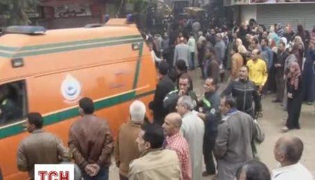 Обвал дома похоронил под собой десяток египтян