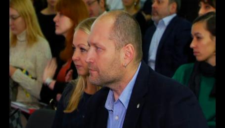 Депутат Борислав Береза познакомил мир со своей женой