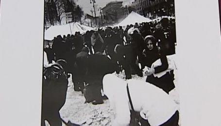 Журналист ТСН представил собственную фотовыставку посвященную Майдану