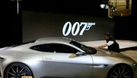 Зі знімального майданчика нового фільму про Джеймса Бонда викрали 9 автівок