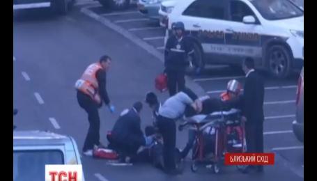 В результате нападения на синагогу в Иерусалиме погибли пять человек