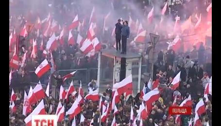 Дракой хулиганов с полицией завершились торжества по случаю Дня независимости в Варшаве