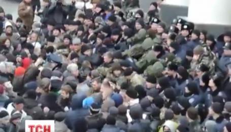 Отставки руководства области требует в Виннице совет Майдана