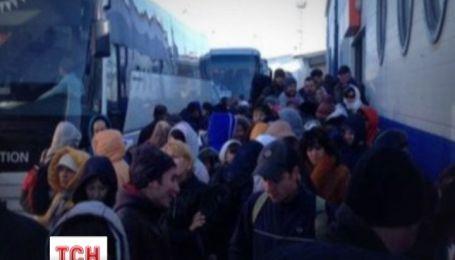 На Керченській переправі обурені пасажири захопили пором
