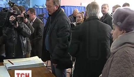 Симоненко с улыбкой рассказал, за кого голосовал