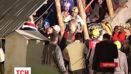 19 турецких горняков на юге страны попали в подземную ловушку