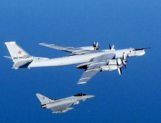 Російські бомбардувальники увійшли до повітряного простору Японії та Південної Кореї