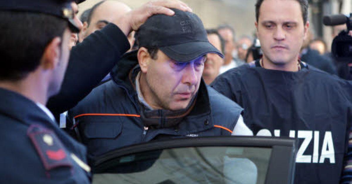 Задержание Сальваторе Руссо @ tgcom.mediaset.it