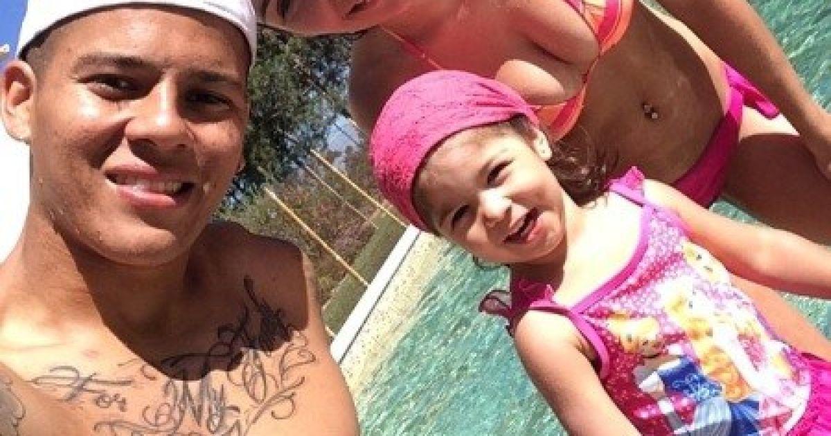 У Маркоса Рохо есть жена и дочь @ instagram.com/marcosrojo