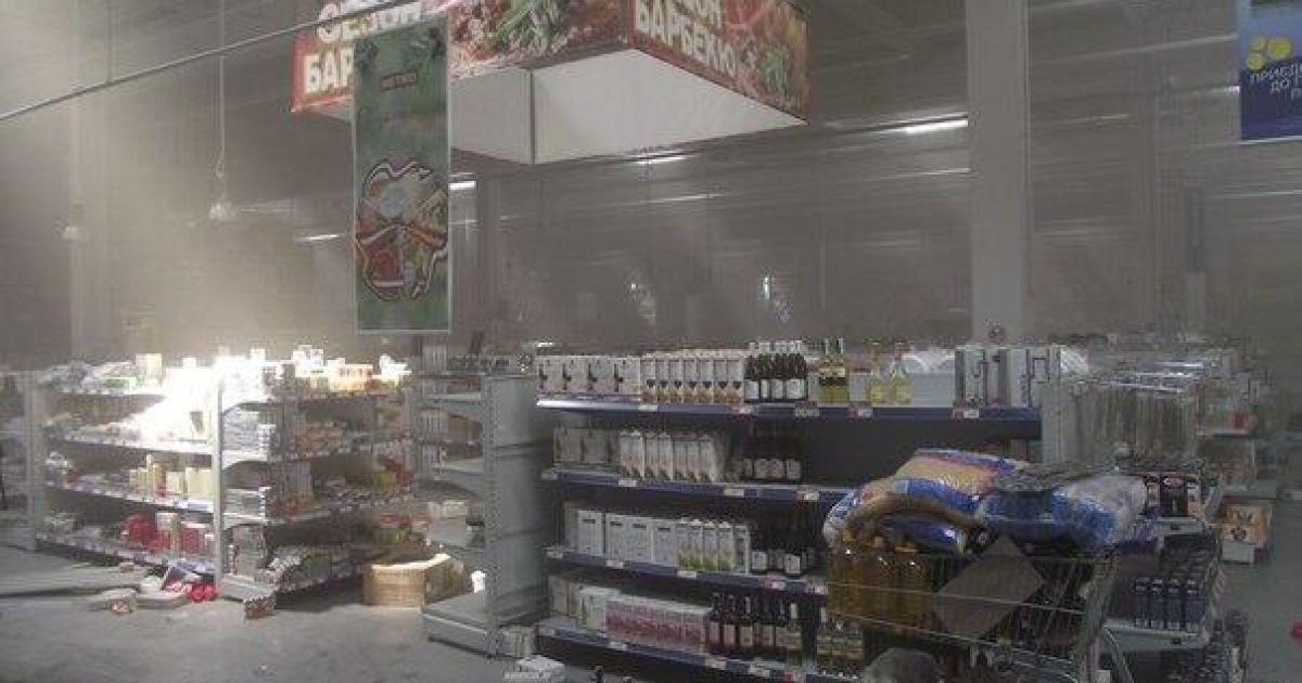 """Гипермаркет """"Метро"""" после погрома террористами и местными жителями @ twitter.com/SergeyPonomarev"""