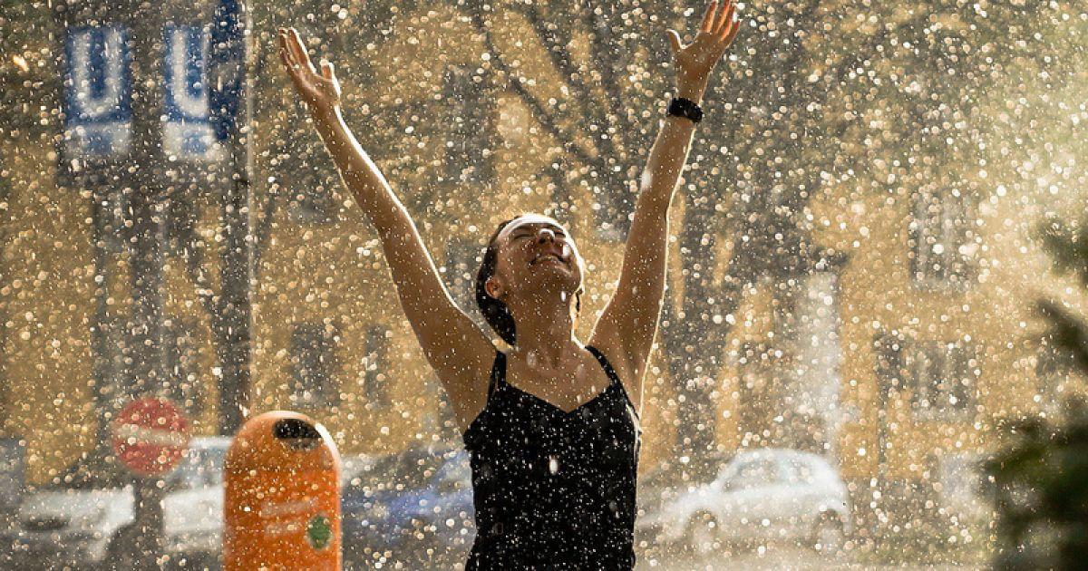 В выходные по Украине пройдут дожди с градом и грозы