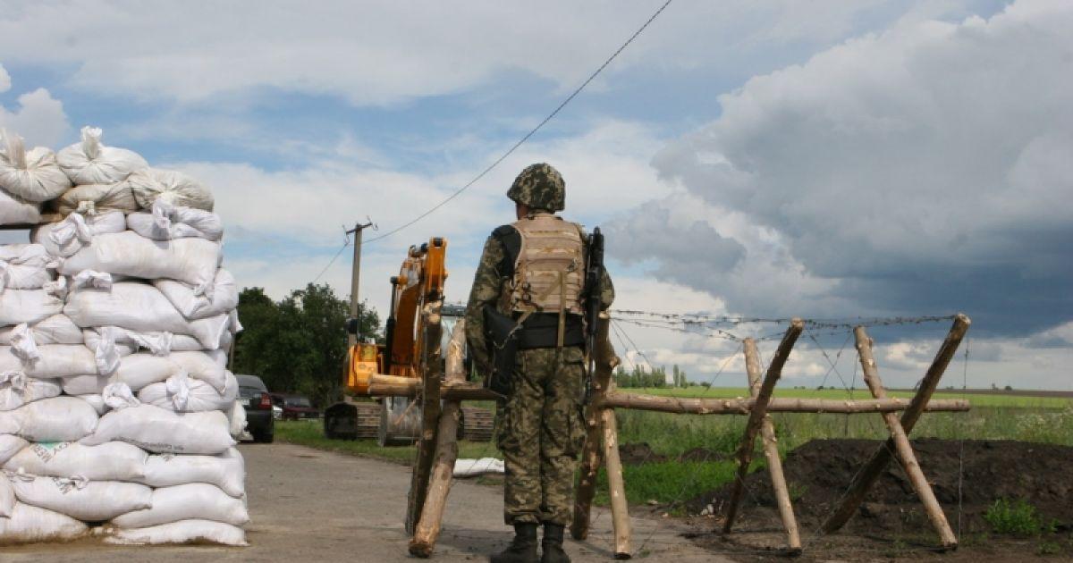 """На пункте пропуска """"Стрелечее"""" через границу с Россией усилили защиту от возможного нападения террористов со стороны соседней страны @ kharkivoda.gov.ua"""