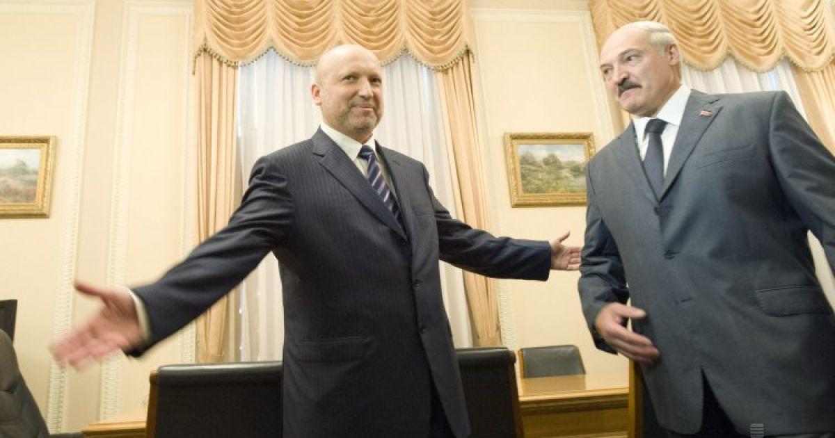 Лукашенко со своим младшим сыном Николаем в Киеве встретился с Турчиновым @ УНІАН