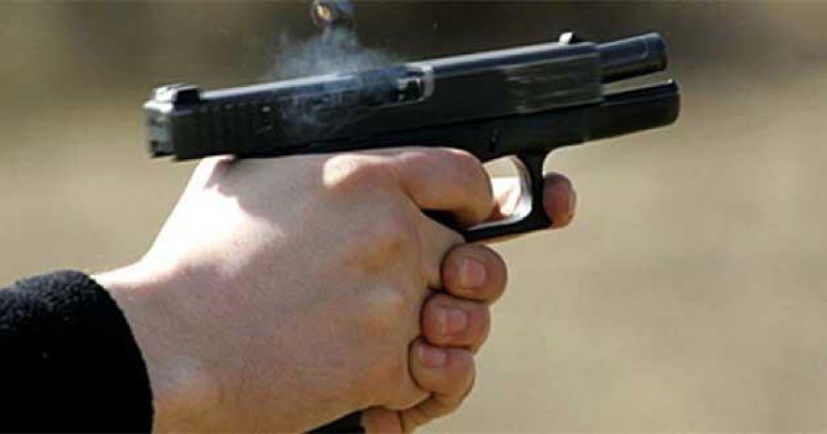 Во Львове посреди улицы застрелили 50-летнего мужчину