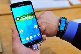 Samsung показал премиум-версию Galaxy S5 с рекордным экраном