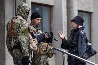 Сепаратисти в Слов'янську захопили ринок, заправки і крадуть дорогі авто – очевидці