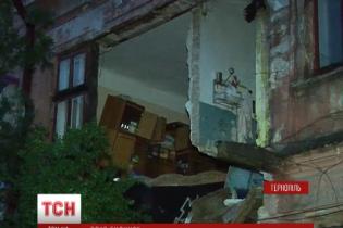 В Тернополе после ливня обвалился двухэтажный жилой дом
