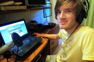 YouTube-блоггер зарабатывает $ 4 миллиона в год, играя в игрушки на публику