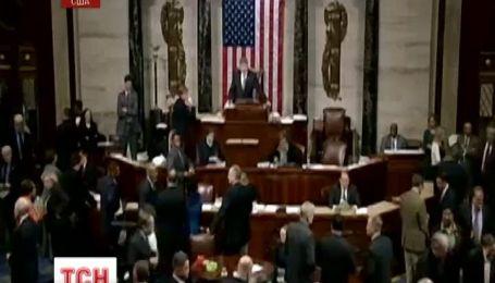 Барак Обама підписав закон про надання Україні мільярда доларів допомоги