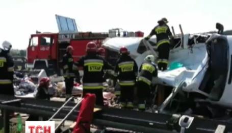 У Польщі розбився український мікроавтобус