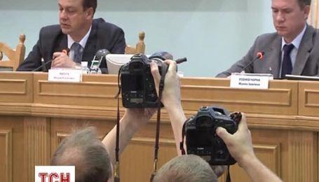 Порошенко зберігає відрив від Тимошенко