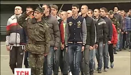 В столице начался военный призыв
