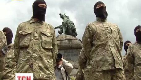 """Батальон """"Азов"""" готовится к новым боевым задачам"""