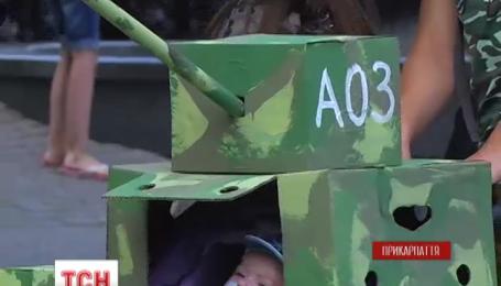 Парад детских колясок прошел на Прикарпатье
