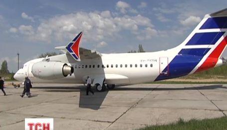 Украинские авиастроители передали очередной самолет на Кубу