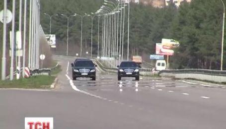 Аваков утверждает, что не давал указание перекрывать для себя дорогу