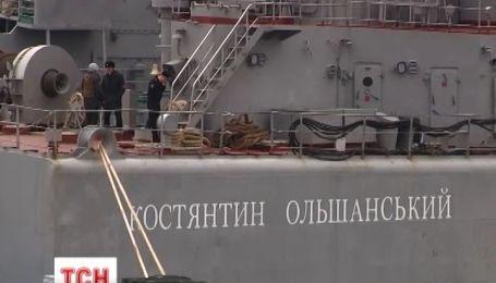 В Крыму последний украинский корабль держит оборону