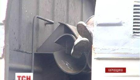 На Харьковщине погибла 14-летняя девушка, катаясь на крыше поезда