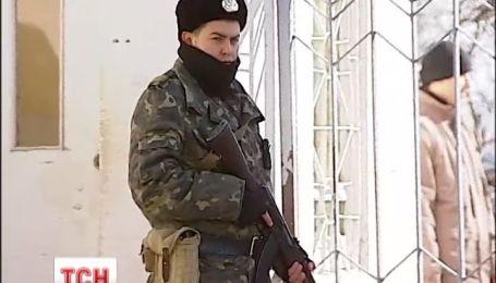 РНБО вирішила виводити війська і вводити візи для росіян