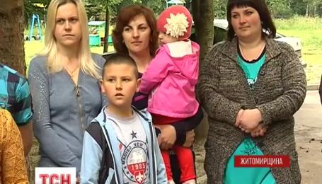 Без даху над головою можуть залишитися 40 сімей військових на Житомирщині