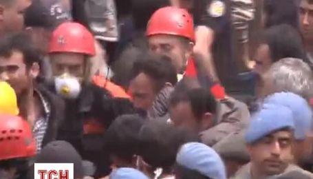 Из-под завалов на шахте в Турции продолжают извлекать тела погибших