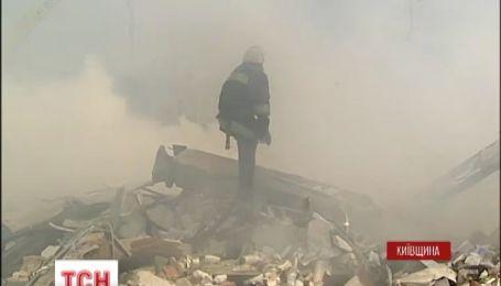 Пожежники досі шукають жертв вибуху АЗС